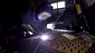 Сварка ( заточенным химическим способом)  вольфрамовым электродом(На даном видео мы продимонстрируем вам сварку ( заточенным химическим способом) вольфрамовым электродом.Ч..., 2015-06-23T11:53:18.000Z)