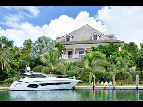 Elegant Colonial Style Home In Lyford Cay Bahamas