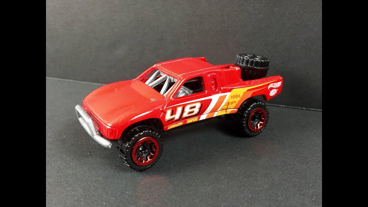 Toyota Off-Road Truck Hot Wheels X0125 1:64 Team Hot Wheels