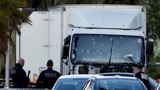 بالفيديو.. ردود فعل عالمية بعد حادث نيس الإرهابي