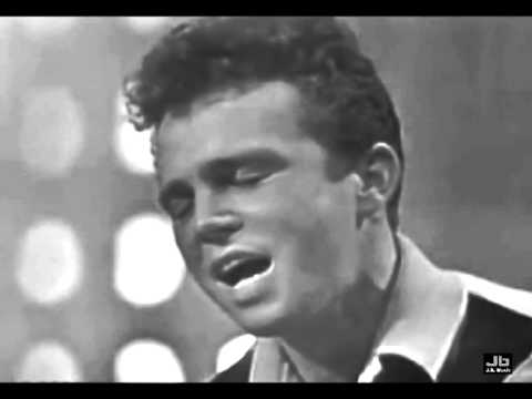 Bobby Vinton - Mr. Lonely (American Bandstand - Nov 7, 1964)