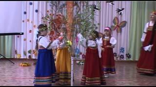 видео Детские сюжетно ролевые игры и танцевальные костюмы для детей