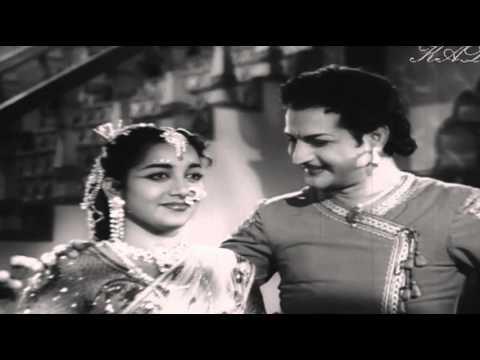 Nannu dochukonduvate || Karaoke music Track || NTR || Jamuna || Gulebakavali katha ||