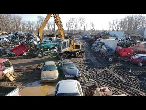 Car Crushing At Lincoln Recycling