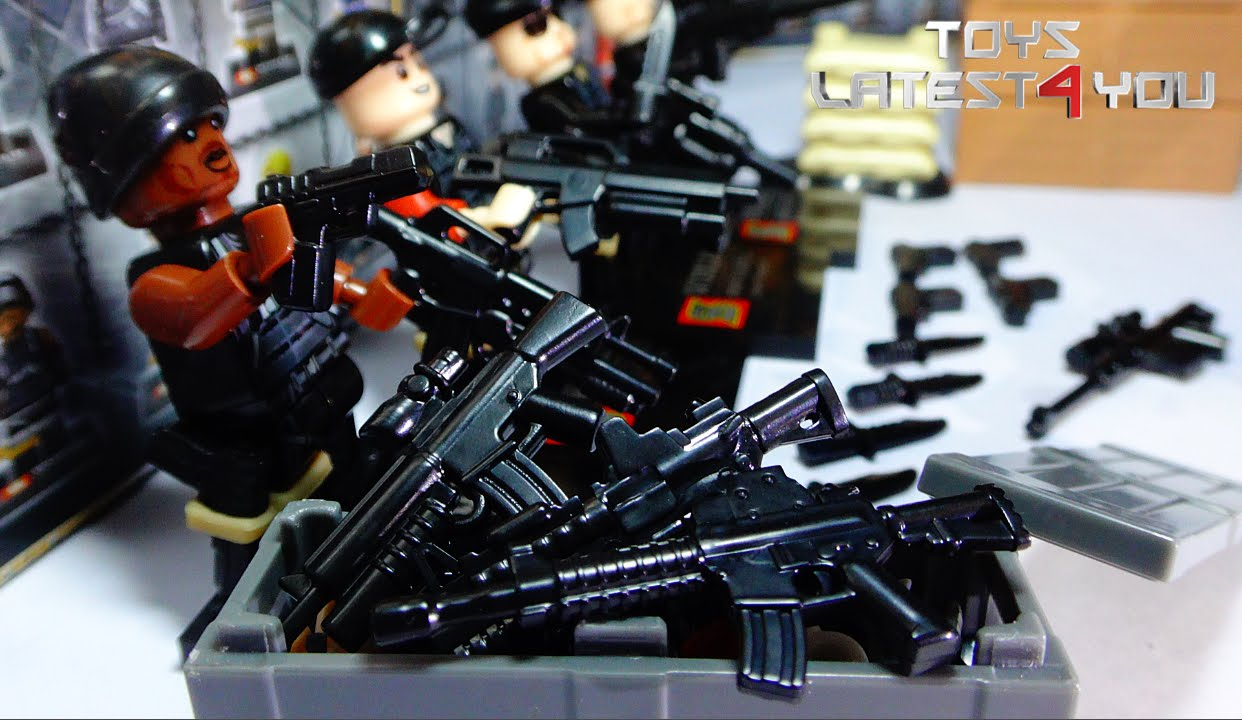 Unboxing Cloned Lego Swat Figure With Realistic Ammo And Weapons