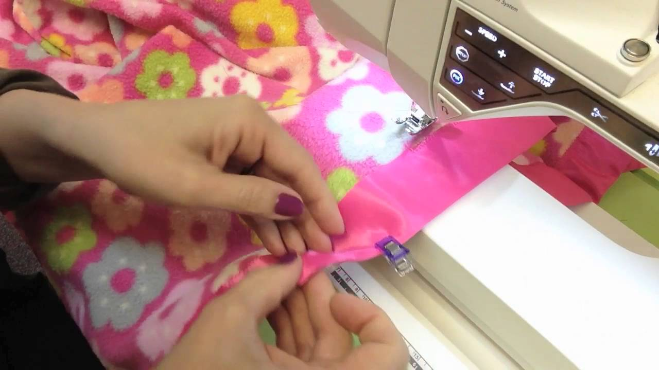 Learn To Join Binding Strips On A Blanket. Sew News TV d1654856b