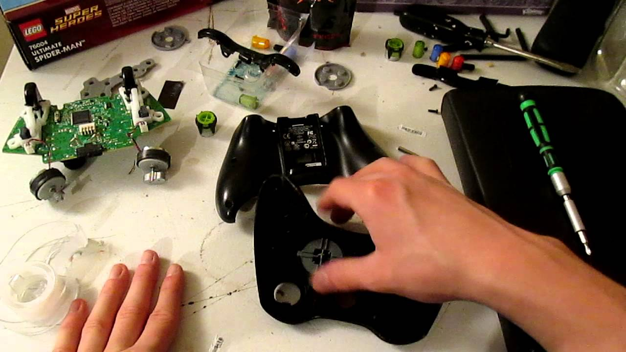 How To Take Apart A Xbox 360 Controller With A Flat Head