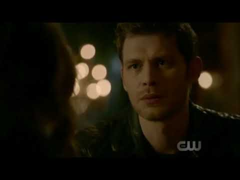 The Originals 5x10 Hope And Klaus Talk About Her Arm