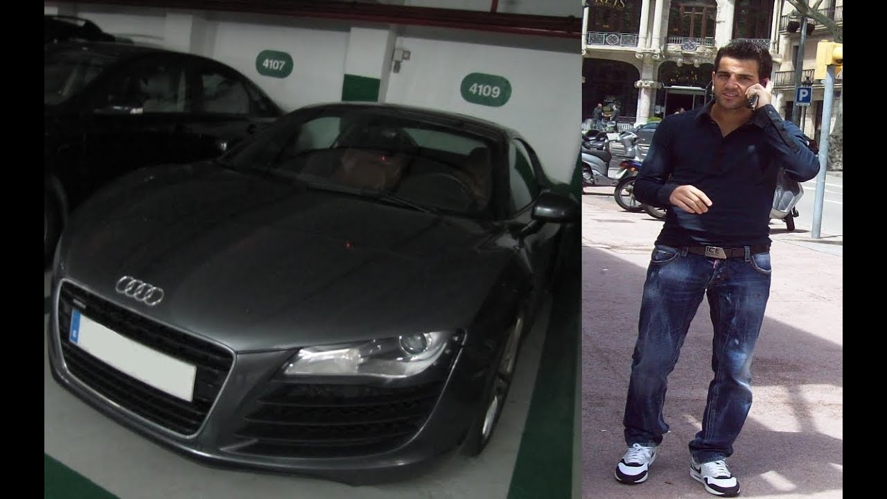 photo of Cesc Fabregas Audi R8 - car