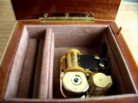 Italian Made Music Box With 18 Note Japanese Sankyo Movement - Brahms Lullaby