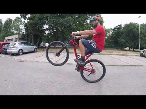 Ako na wheelie , jazda po zadnom na bicykli