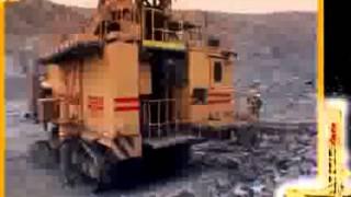 Фильм  станок СБШ 250 МНА 32(Электрический буровой станок СБШ 250 МНА 32 предназначен для бурения технологических взрывных скважин в..., 2015-03-27T18:14:31.000Z)