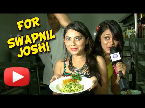 Swapnil Joshi Birthday Surprise - Celebrity Tadka - Sonalee Kulkarni, Prarthana Behre - Mitwaa Team