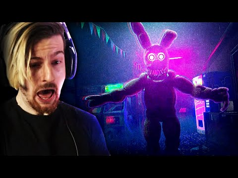 FNAF GAMES IN 2021 HAVE ME SCREAMING.   FNAF: Project Glowstick (Awesome Game!)