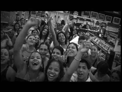 Daddy Yankee Barrio Fino En Directo DVD (Parte 1)