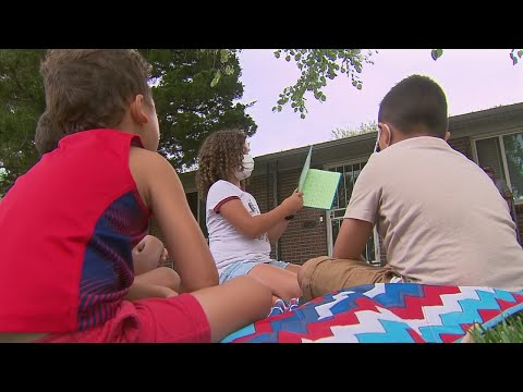 Front-Yard-Story-Time-Brings-Together-Kids-During-Remote-Learning