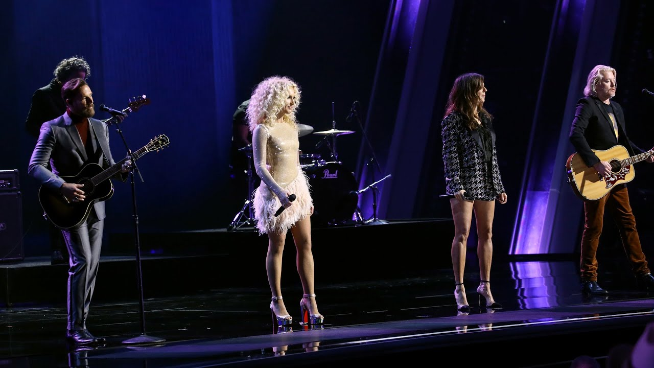 Little Big Town Offer Loving Tribute to Kenny Rogers at 2020 CMA ...