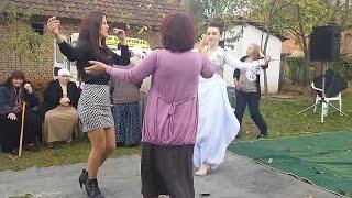 Dasëm Shqipëtare me valltare&muzikë te shkëlqyshem !!!