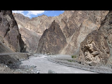 India - HIGH WAY to Alchi in Ladakh