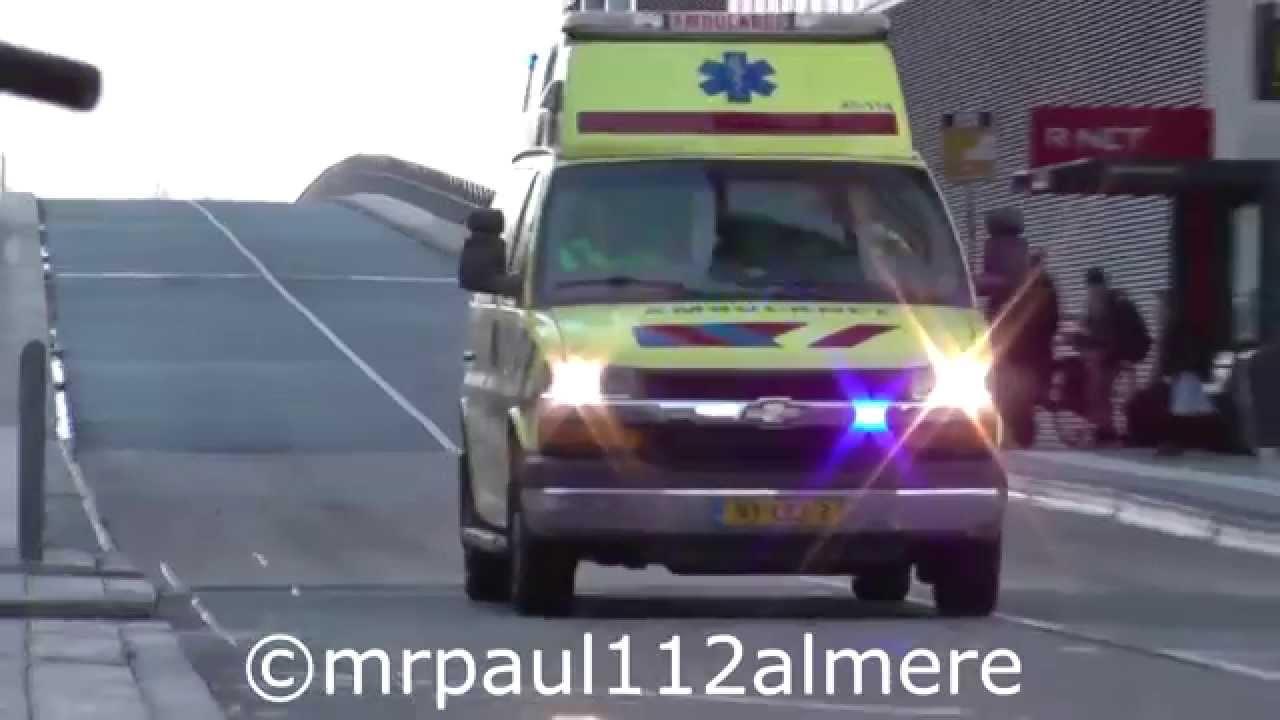 3x Ambulance 25 114 Ggd Flevoland In Almere Youtube