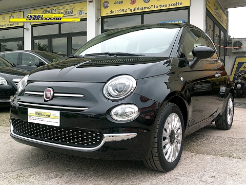 fiat 500 1 2 8v 69cv lounge youtube. Black Bedroom Furniture Sets. Home Design Ideas