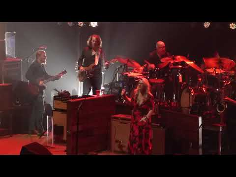 Tedeschi Trucks Band ft. Warren Haynes With A Little Help From My Friends 10-13-18 Beacon, NYC