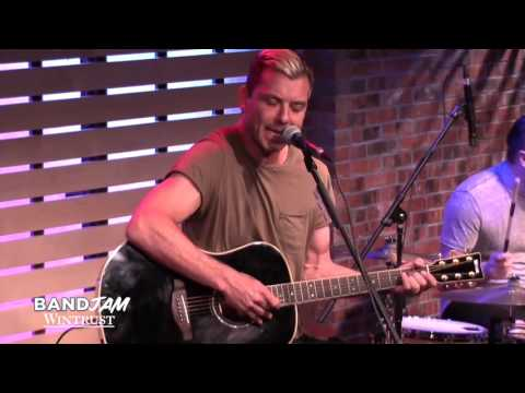Bush Covers Pink Floyd 'Breathe' [Live In The Sound Lounge]
