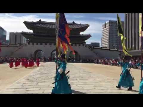 Đổi gác tại cung điện Soeul Hàn quốc 2017
