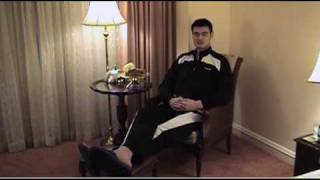 Rockets Center Yao Ming Says Fruitcakes Are Garbage