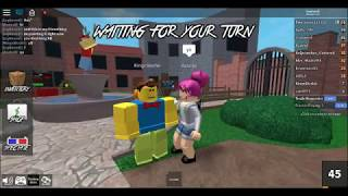 Playing Murder Mystery 2 in Roblox with my cousin and friend