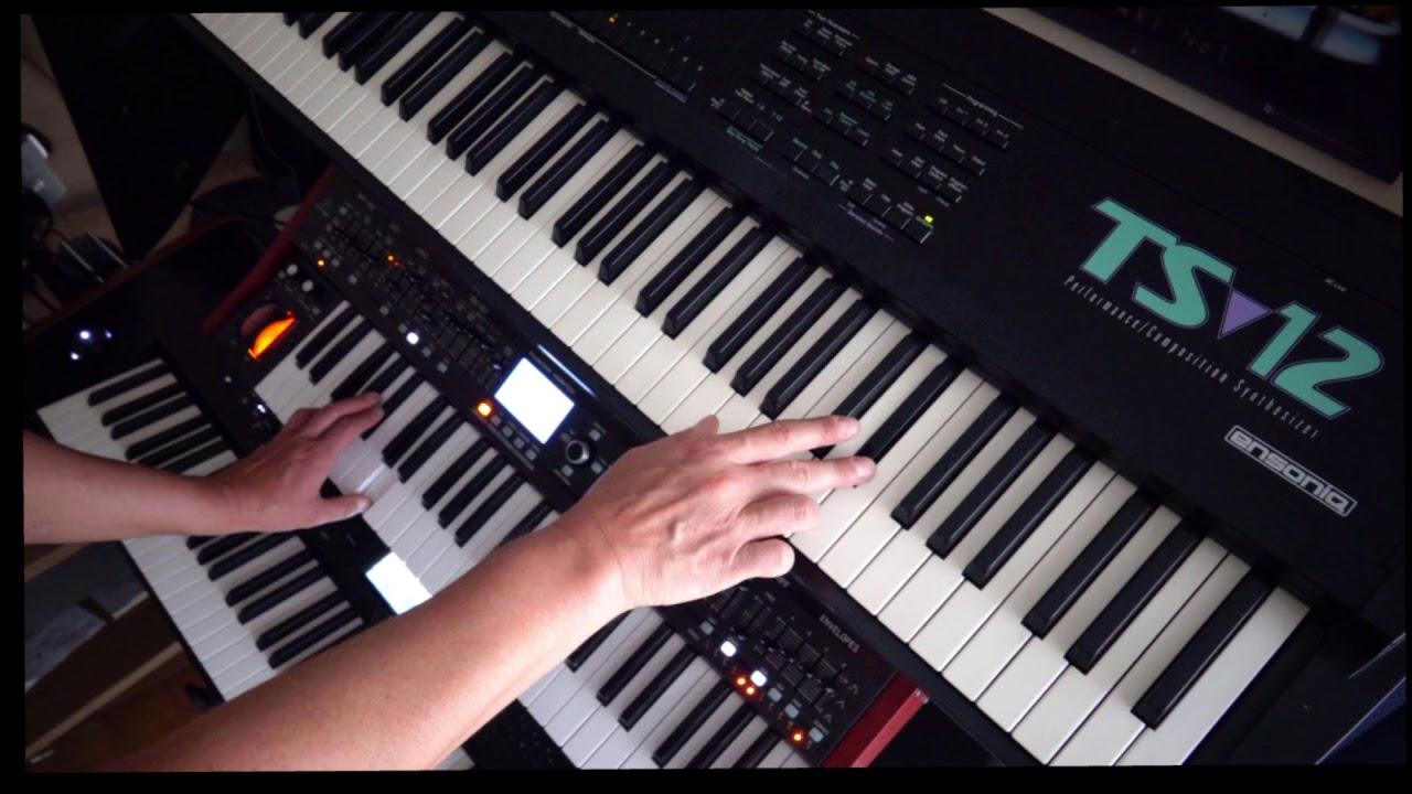 Playing my Ensoniq TS12