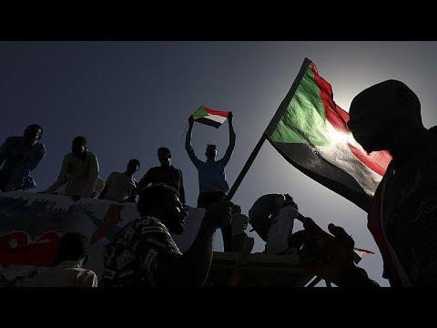 شاهد: سودانيون يتظاهرون من أجل تحقيق مطالب ثورتهم بعد عام ونصف على اندلاعها…  - 19:00-2020 / 6 / 30