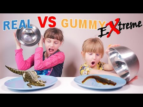 EXTREME REAL VS GUMMY • INSECTES REPTILES ARACHNIDES - Studio Bubble Tea Food Challenge