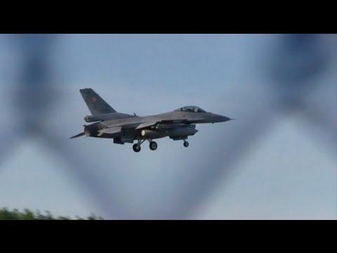 F-16 na lotnisku w Łasku