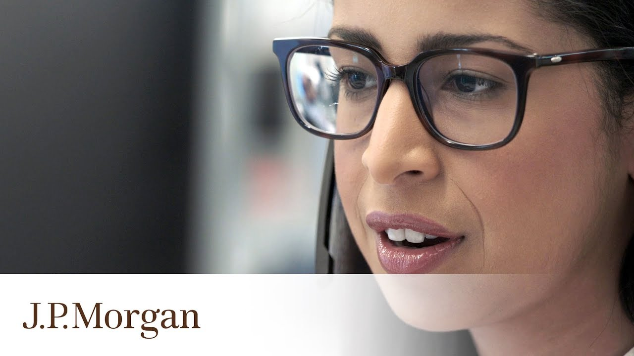 Day in the Life of an Associate: Getting Creative to Solve Challenges | Our  People | J P  Morgan
