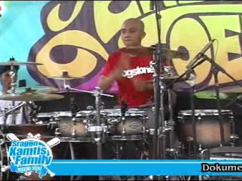 Endank Soekamty 2014 - Sssttt - Live Ndayu Park Sragen
