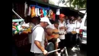 Repeat youtube video Funny Cebu Street Singers!