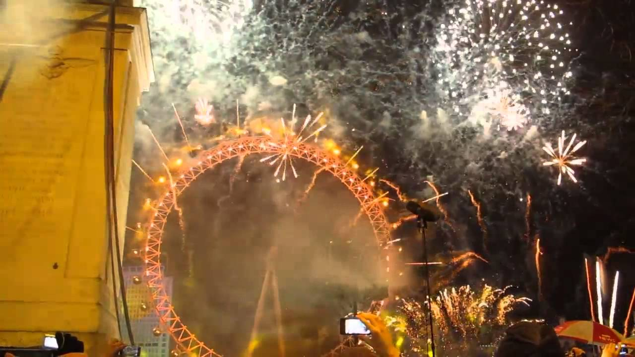 London New Year Fireworks 2014 - YouTube