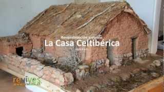Construcción de la casa celtibérica a escala.