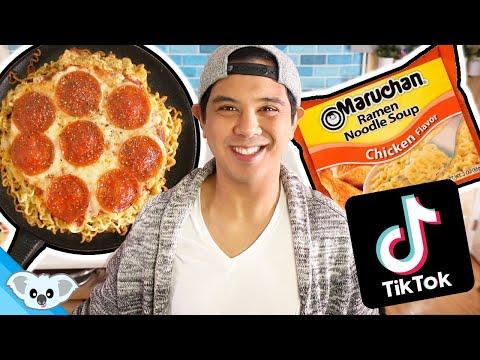 ramen-pizza!- -tiktok-food-hack- -coronavirus-quarantine-cooking-vlog- -koalipops