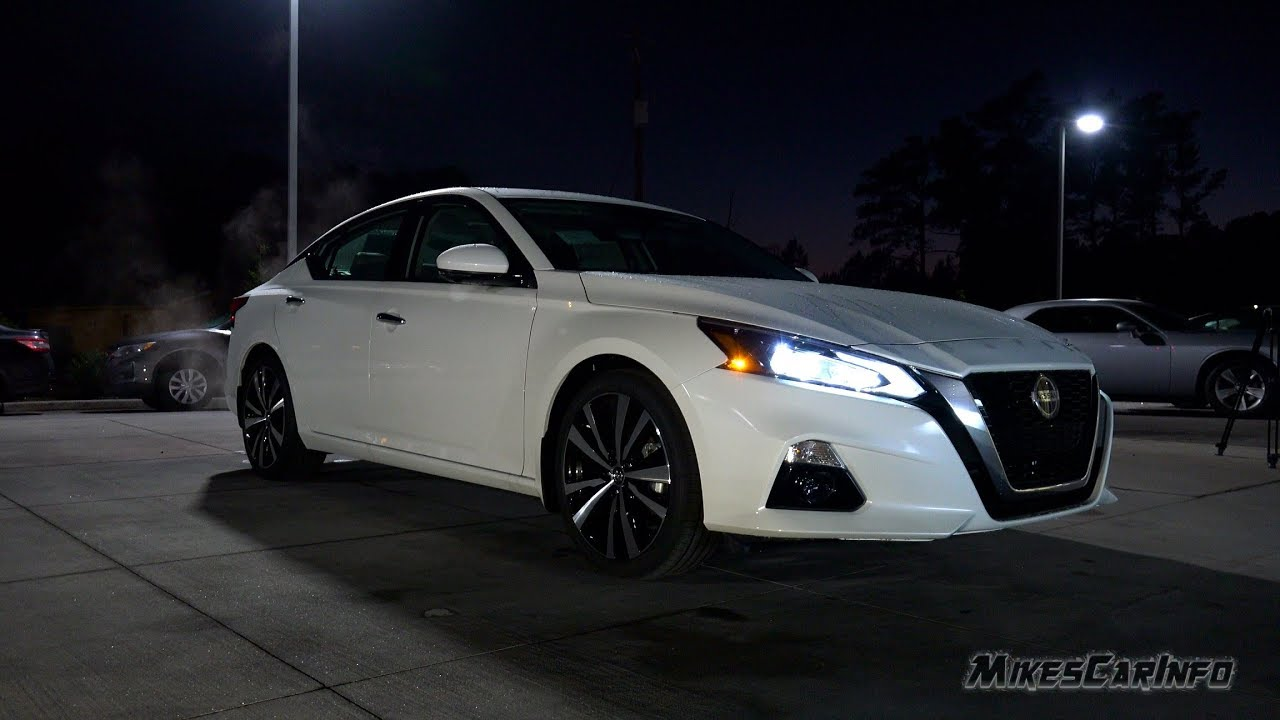 AT NIGHT: 2019 Nissan Altima Interior and Exterior ...