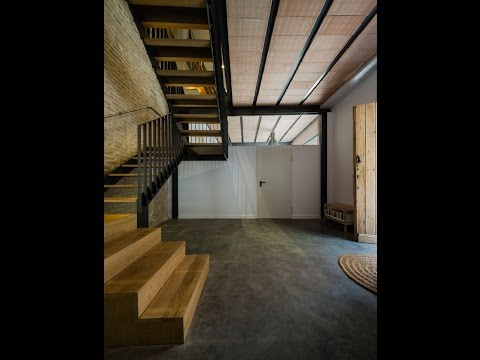 Small Old House Renovation with Mixing Old-New Concept Ideas