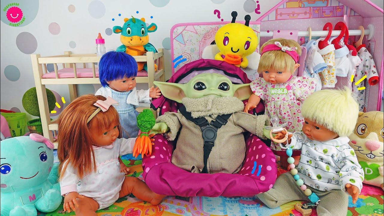 Los Nadurines cuidan de Baby Yoda el nuevo bebé de juguete