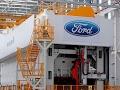 Ford se queda en México; abrirá 2 plantas