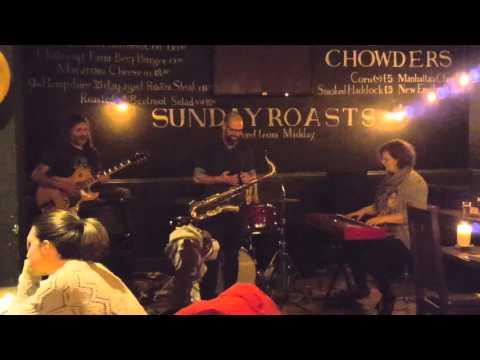 John Pratt Trio feat Kevin O'Rourke and Ruth Hammond (3/3)