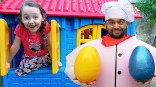 Öykü Renkli Yumurtaları Buluyor Öykü and Giant Cook colored eggs Oyuncak Avı Öykü