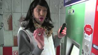 Zeynep vs. Fahrscheinautomat- Frankfurter Klasse