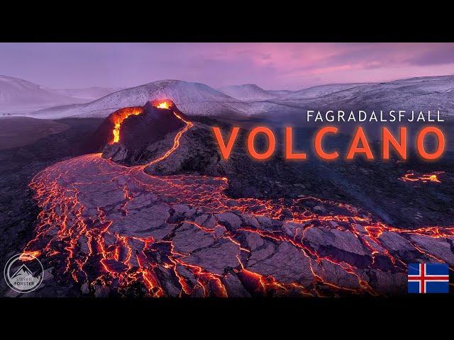 ICELANDIC VOLCANO ERUPTION 4K - Flying through the lava