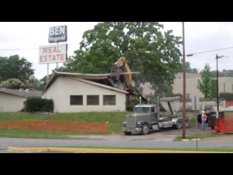Famous architect's only Tyler building to be replaced by car wash