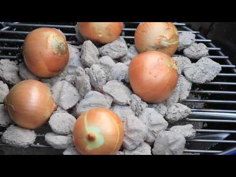 weber grills melted onions recipe of the week youtube. Black Bedroom Furniture Sets. Home Design Ideas